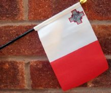 HAND WAVING FLAG (SMALL) - Malta